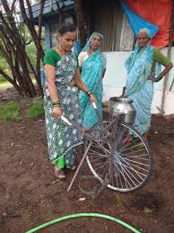 Water Carrio – a wheel barrow for transporting water